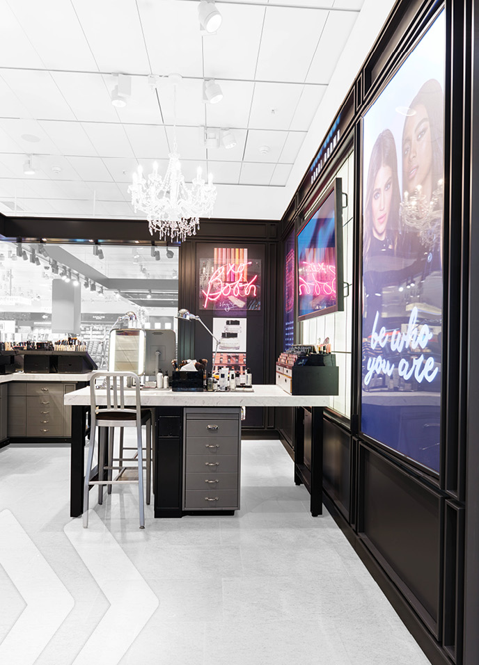 Bobbi Brown Shop In Shop Arno Group